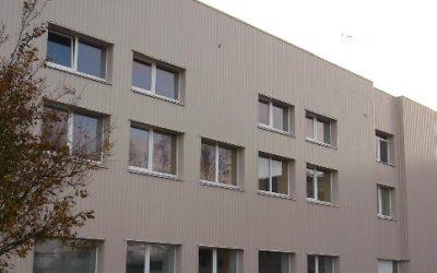 Esam pabeiguši Siguldas sporta skolas fasādes renovācijas darbus
