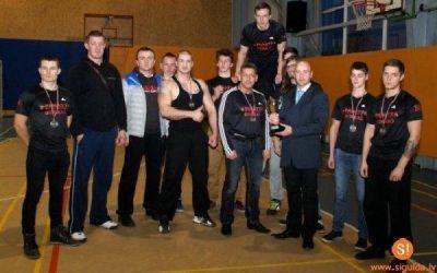"""AS """"Siguldas Būvmeistars"""" atbalsta Siguldas komandu svaru stieņa spiešanas sacensībās"""